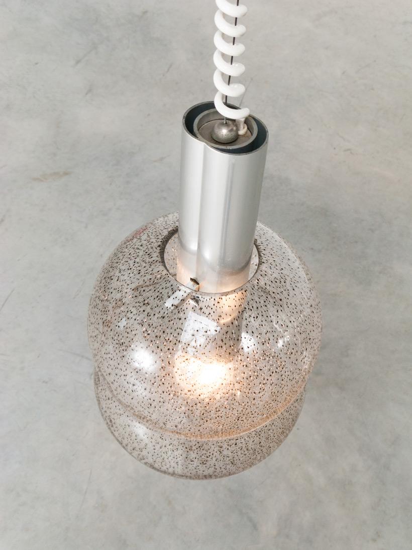 Tobia Scarpa pair of Bilobo pendant lamps Pulegoso glass Flos img 7