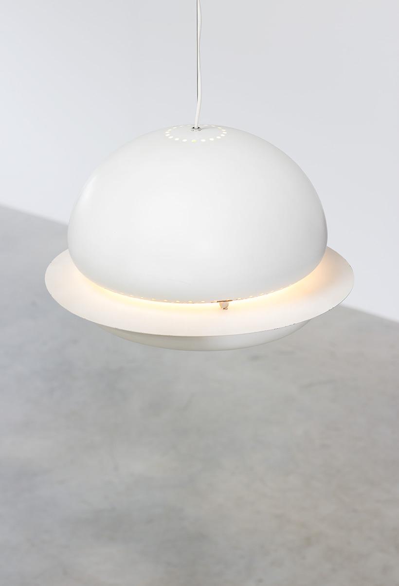 Tobia Scarpa white Nictea pendant lamp Flos 1960 img 8