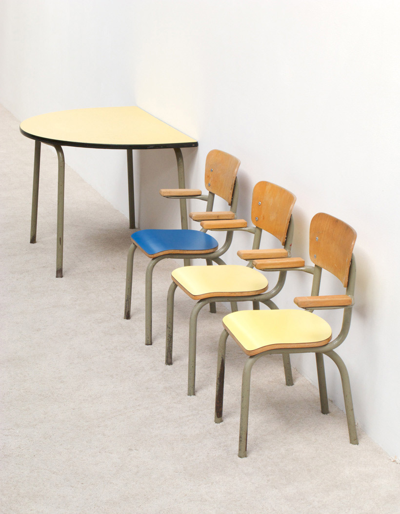Tubax school table with 3 chairs for children