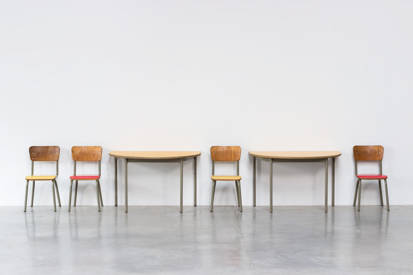 Tubax school tables with 4 chairs for children