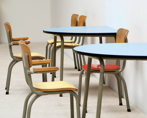 Tubax school tables with 6 chairs for children