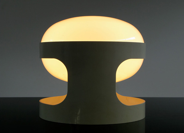 White KD27 Joe Colombo Kartell table lamp