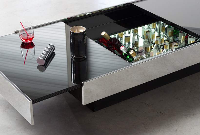 Willy Rizzo cocktail table or coffee table with dry bar Cidue 1970