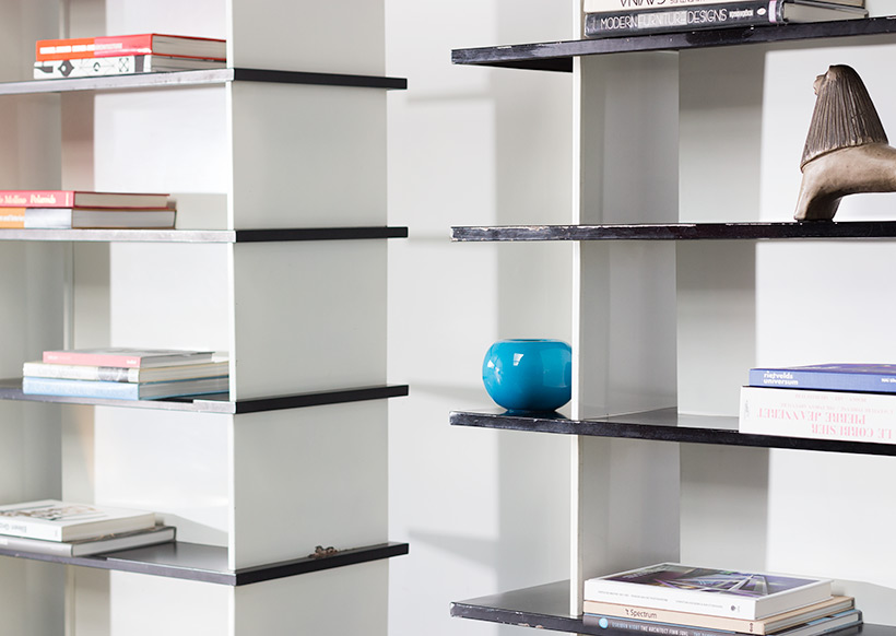 Wim Rietveld pair bookcases shelving units room divider for De Bijenkorf img 11