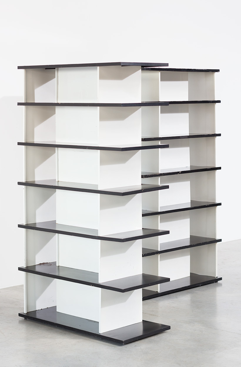 Wim Rietveld pair bookcases shelving units room divider for De Bijenkorf img 4
