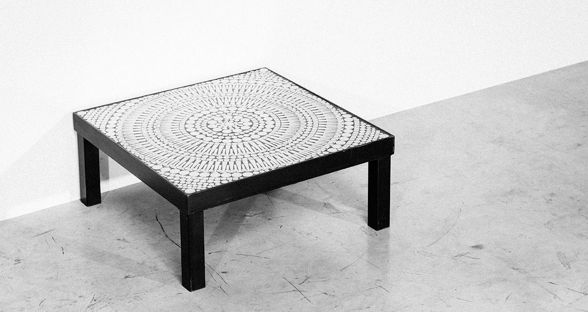 Coffee table designed by Raf Verjans, Belgium circa 1970. Black steel painted square structure. Aluminum mosaic inlaid in a black resin.